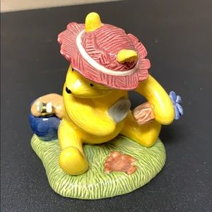 Classic Pooh by Royal Doulton